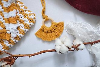 """Náhrdelníky - macramé náhrdelník """"na krúžku """"mustard - 11486741_"""