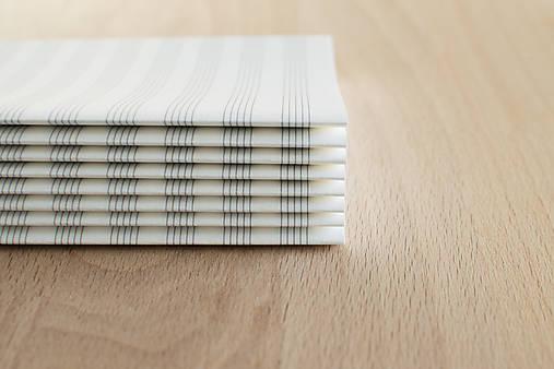 Notový papier v dvojhárkoch