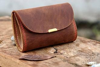 Peňaženky - Malá kožená peňaženka III. (Červenohnedá / hnedá, s červenou nitkou) - 11490549_