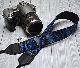Iné doplnky - Popruh na fotoaparát - Blue waves - 11492764_