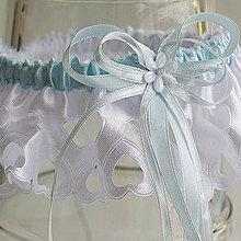 Bielizeň/Plavky - Svadobný podväzok saténový s modrou stuhou - modrobiely podväzok - 11491923_