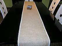 Úžitkový textil - Jutový behúň s krajkou - 11493362_