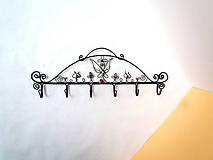 Nábytok - Ornamentový vešiak - 11492626_