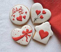 Dekorácie - Medovníkové Valentínky 4 ks v krabičke  - 11495345_