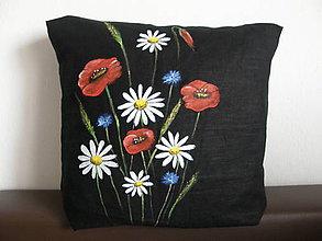 Úžitkový textil - Čierna obliečka na vankúš lúčne kvety - 11496401_