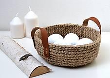 Košíky - Háčkovaný košík-jutový s koženými ušami - 11499607_