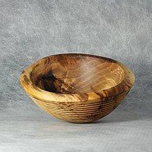 Nádoby - drážkovaná miska z orechového dreva - 11501131_