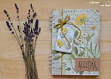Papiernictvo - Receptárik - herbárium (žltý, ranunclus) - 11505381_