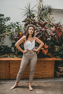 Nohavice - AUDREY Tmavo béžové krásne a minimalistické moderné ľanové nohavice. - 11505420_