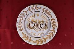 Prstene - Drevený podnos vankúšik na obrúčky gravirovaný 9 - 11502536_