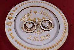 Prstene - Drevený podnos vankúšik na obrúčky gravirovaný 11 - 11502547_