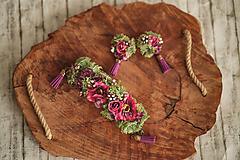 Opasky - Romantický cyklaménový kvetinový set ( naušnice a náramok) - 11508203_