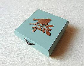 Krabičky - Drevená krabička Na vetvičke - 11507240_