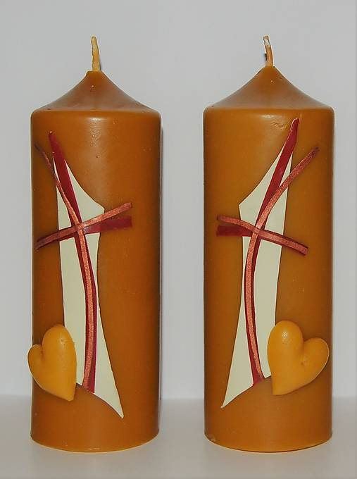 Oltárna sviečka z včelieho vosku 1.