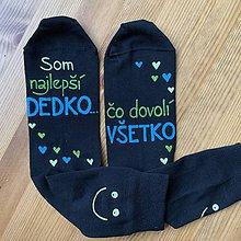 """Obuv - Maľované čierne ponožky s nápisom: """"Som najlepší dedko, čo dovolí všetko"""" - 11506785_"""