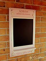 Tabuľky - Kriedová tabuľa s vešiakmi - RODINA v ružovom - 11509269_