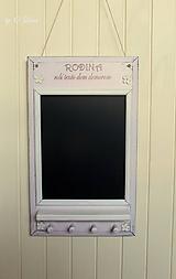 Tabuľky - Kriedová tabuľa s vešiakmi - RODINA v ružovom - 11509277_