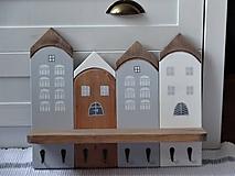 Nábytok - Domčekový vešiak osemháčikový - 11509211_