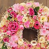 Dekorácie - Veniec  ružový sen - 11514378_