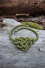 Náhrdelníky - Olivový náhrdelník z točenej šnúry - 11518440_