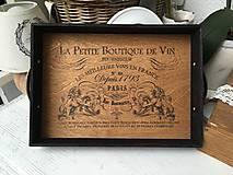 "Tácka "" La Petite Boutique De Vín """