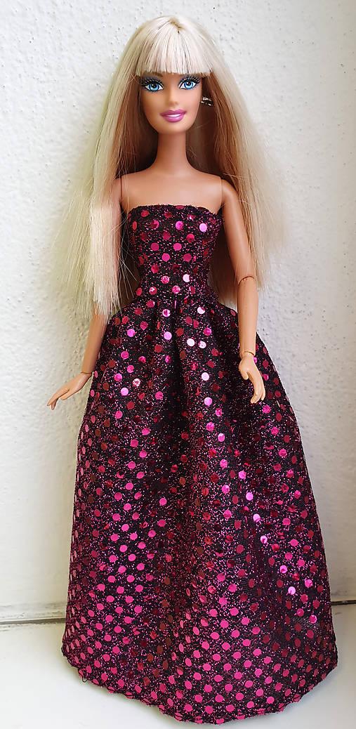 Lesklé spoločenské šaty pre Barbie