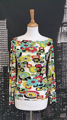 Tričká - Farebné kvetinové tričko veľ.38 - 11523245_