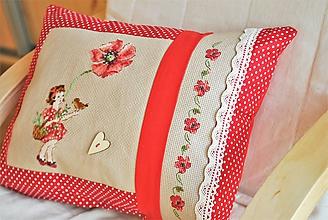 Úžitkový textil - Vankúš výšivka MAKY - 11521137_