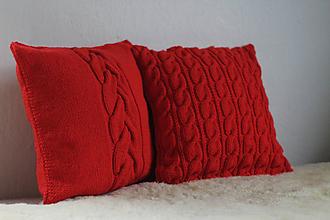 Úžitkový textil - pletené vankúše červené - 11522056_