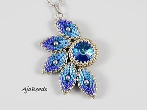 Náhrdelníky - Slnko - prívesok - modrá-strieborná - 11526088_