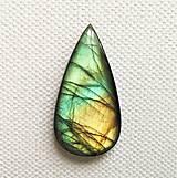 Minerály - labradorit 36 x 18 mm - 11527539_