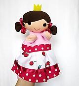 Maňuška princezná - v čerešňovej sukienke
