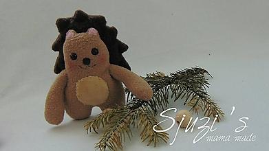 Hračky - Kúsok lesa - veselý ježko (forest edition) - 11529951_