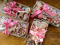 Valentínske medovníčky...na podnose pre vašich blízkych