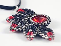 Náhrdelníky - Slnko - prívesok - čierna-červená - 11529840_