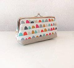 Peňaženky - Peňaženka XL Farebné oblúčiky - 11526803_