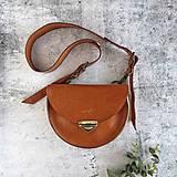 Kabelky - Kožená kabelka Daphne (koňaková hnedá) - 11531605_