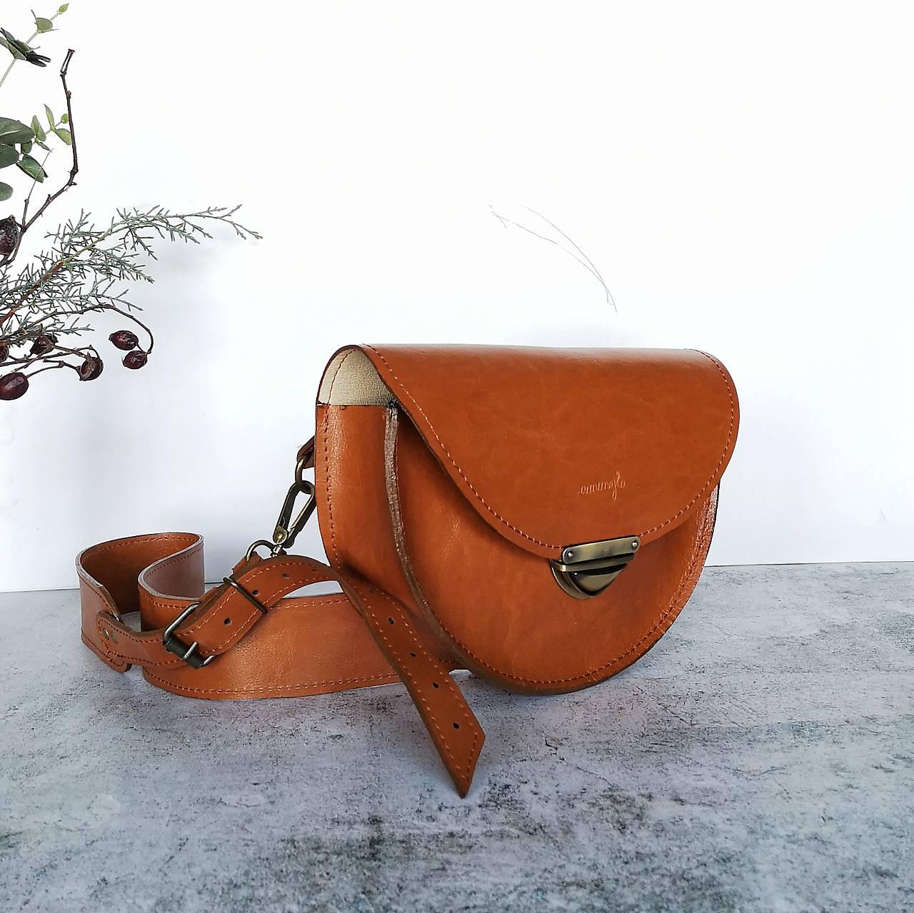 Kožená kabelka Daphne (koňaková hnedá)