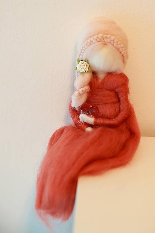 plstená bábika