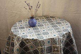 Úžitkový textil - Obrus. Krásny nadčasový zámocký vzor. - 11534887_