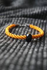Náramky - Oranžový náramok z točenej šnúry - 11537254_