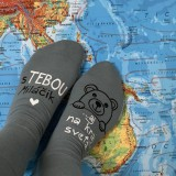 """- Zamilované maľované ponožky s nápisom: """"S TEBOU ...aj na kraj sveta"""" (Šedé) - 11535303_"""