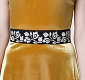 Šaty - Dlhé šaty zamatové zlaté - 11537647_