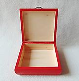 Krabičky - Drevená krabička Srdiečko - 11537985_