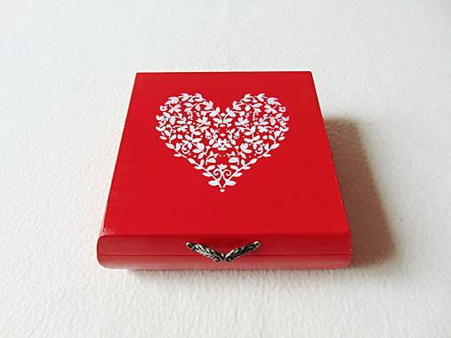Drevená krabička Srdiečko