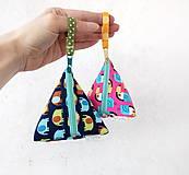 Taštičky - Trojuholníková taštička so zvieratkami - 11538190_