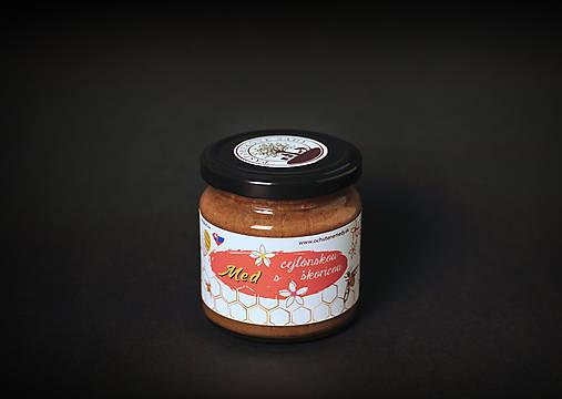 Potraviny - Med s cejlónskou škoricou - 11543232_