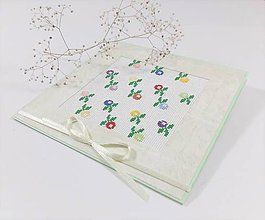 Papiernictvo - Jarné kvety II I- folk vyšívaný pozdrav - 11543951_