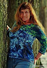 Tričká - Dámske tričko batikované, maľované ZA SÚMRAKU - 11544941_