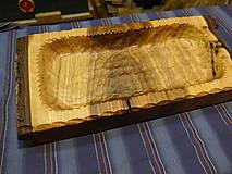 Nádoby - Orechová miska , ručne tesaná , s kôrou 2 - 11546646_